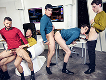 Star Trek : A Gay XXX Parody Part 1