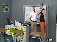 Trevor Knight fucking Christopher Daniels at Big Dicks At School